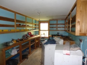 pantry upper shelves