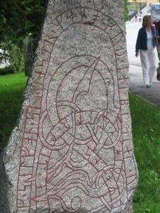 73656-Rune-stone-0